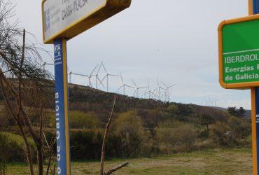 La acumulación de turbinas en los ayuntamientos rurales. ¿Cuál es la percepción de las autoridades locales?. En la imagen, aerogeneradores en el Xistral.